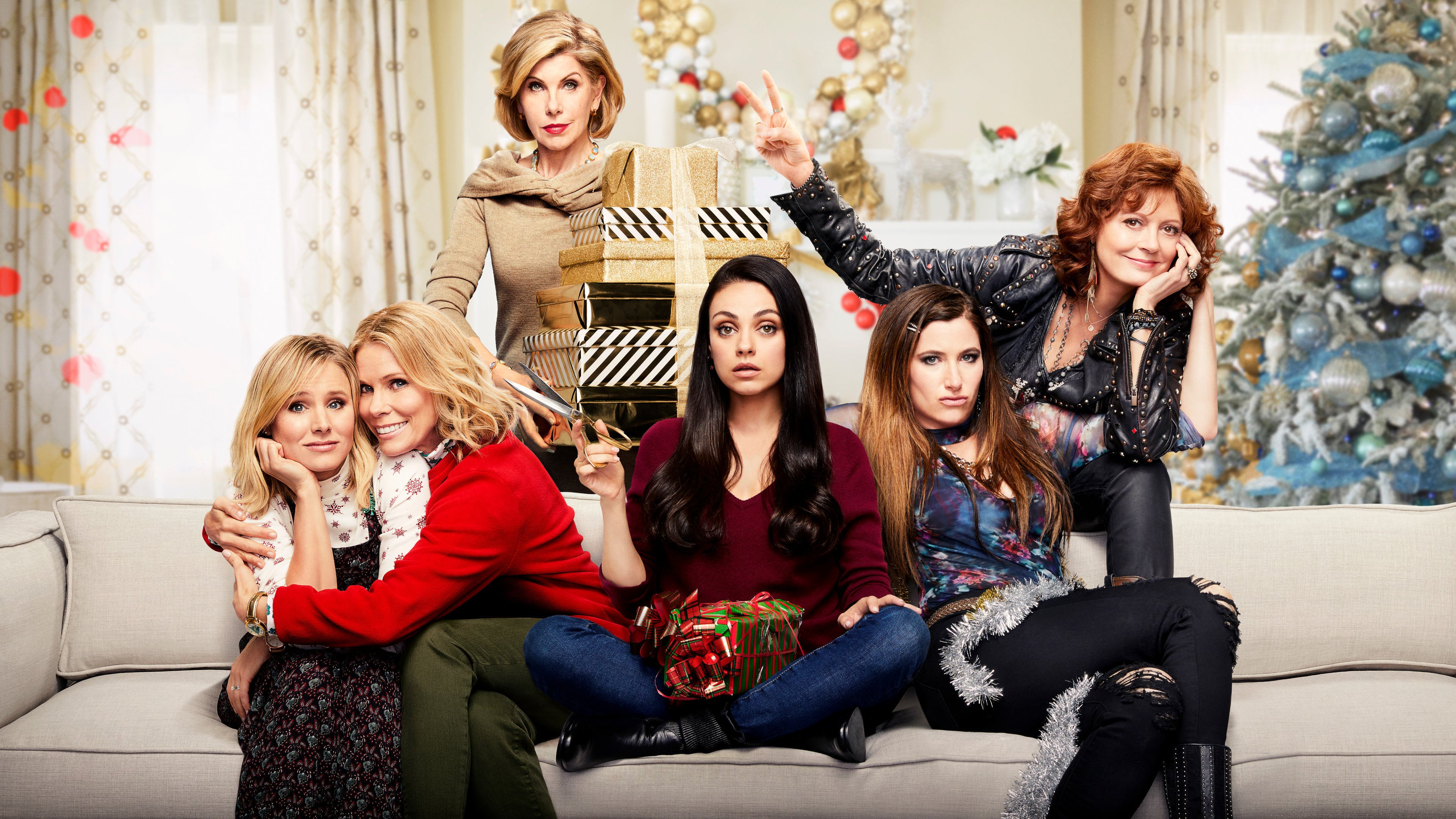 'backdrop-badmoms' from the web at 'http://tylermovies.com/wp-content/uploads/2017/11/backdrop-badmoms.jpg'